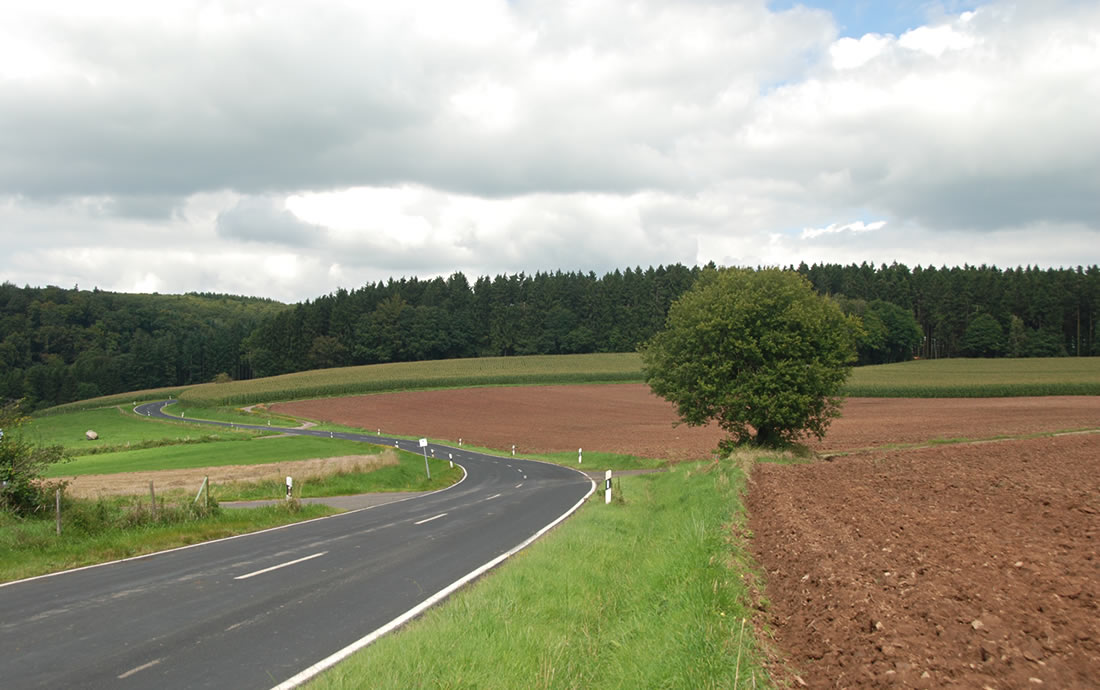 Slingerweggetjes in de Eifel